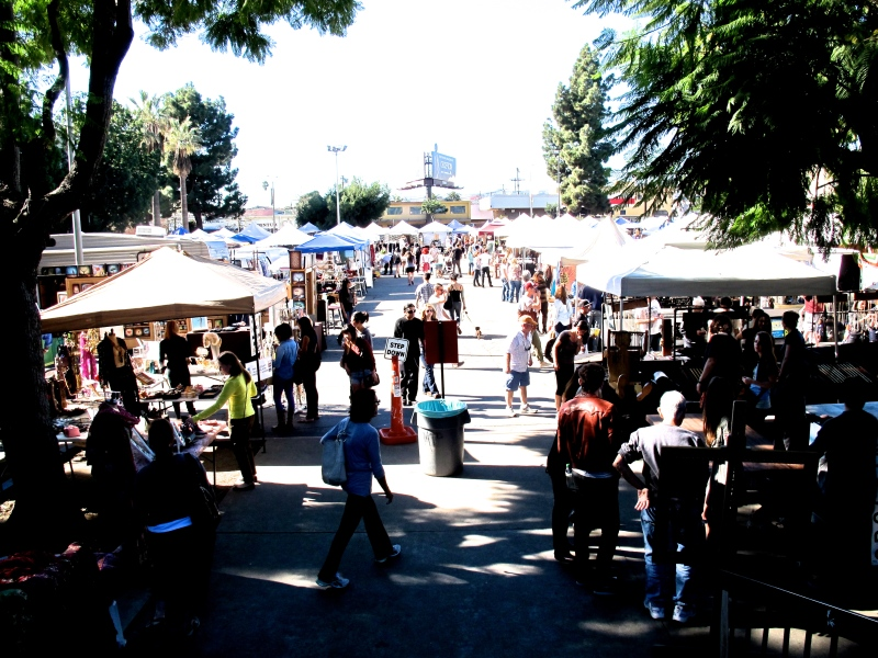 MELROSE TRADING POST, LOS ANGELES FLEA MARKET