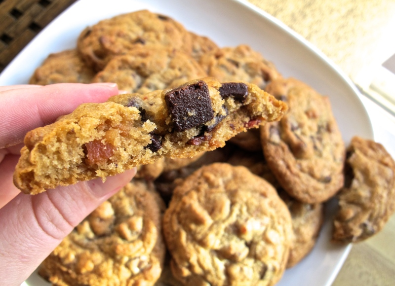 BACON CHOCOLATE CHIP COOKIES // Hourglass & Bloom