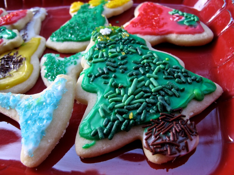 CHRISTMAS SUGAR COOKIES // via hourglassandbloom.com